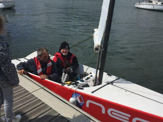 Wenn Menschen mit Behinderungen segeln, das Beispiel von