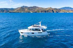 Architektur und Positionierung des Bénéteau Swift Trawlers 41, Ein innovativer und benutzerfreundlicher Trawler